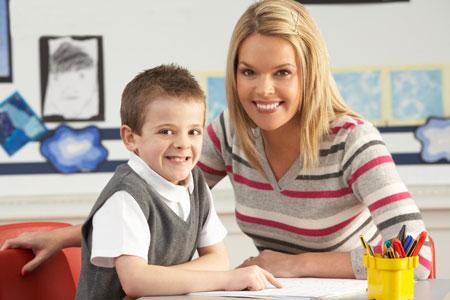 Надо ли учить ребенка читать и писать до школы?