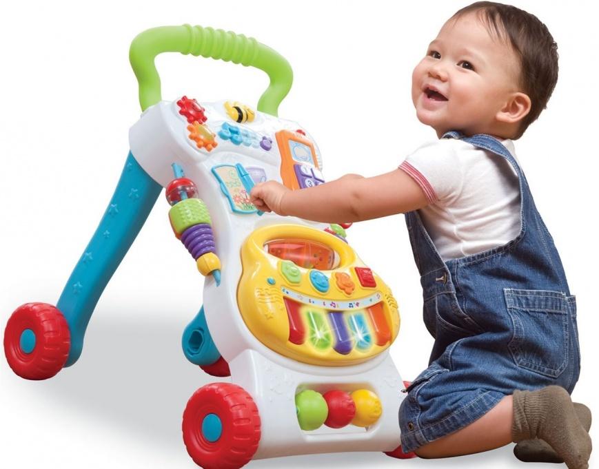 Как выбрать безопасные электронные игрушки для ребенка