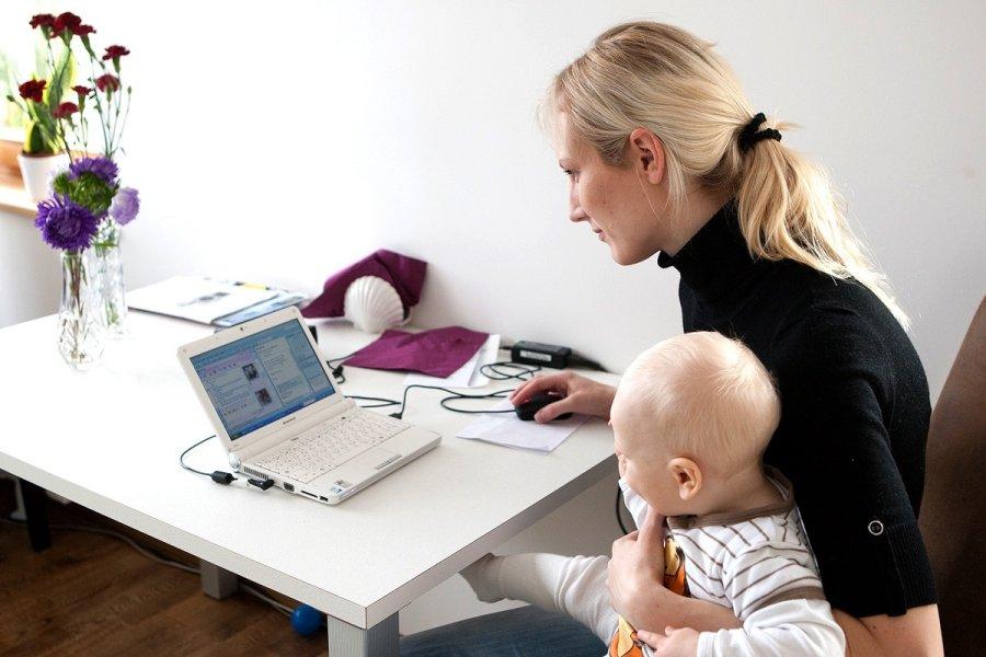 Как совместить родительство и работу