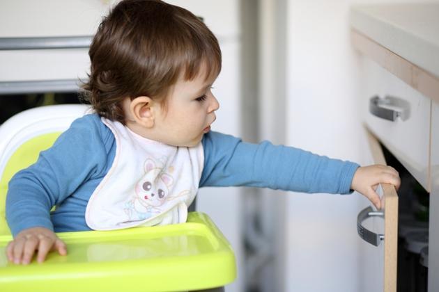 Понос у ребенка 5 дней: причины, лечение, последствия
