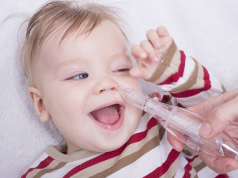 Вылечить насморк в домашних условиях у новорожденного