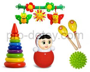 Кучно: пирамидка, неваляшка, массажный мячик (с шипами), деревянные маракасы, растяжка для кроватки